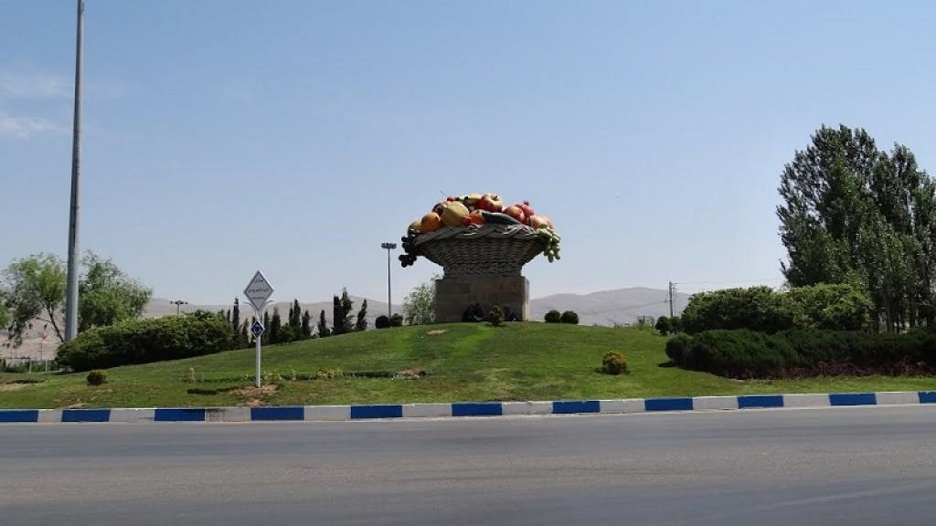 محله بلوار شیرودی شیراز ۲نبش