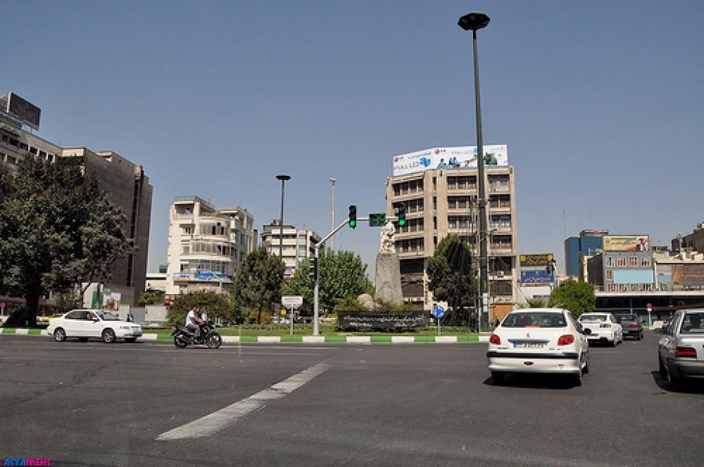 محله فردوسی تهران ۲نبش
