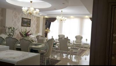 فروش آپارتمان 200 متری، تهران، بلوار فردوس شرقی، خوش نقشه/2پارکینگ/غرق نور