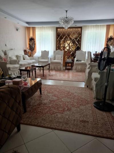 فروش آپارتمان 105 متری، تهران، صادقیه، بلوار گلاب