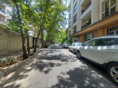 فروش کلنگی 190 متری، تهران، نیاوران، گلسنگ