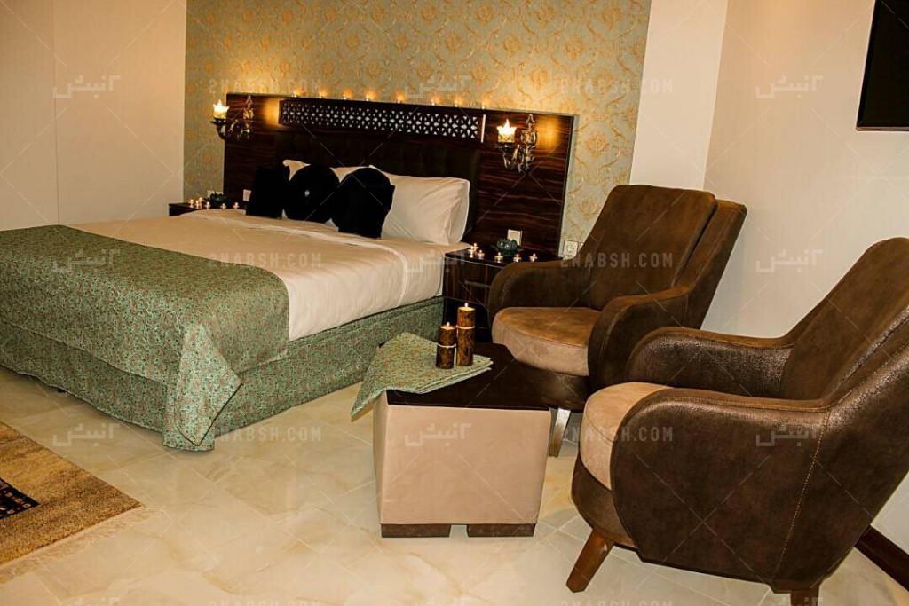 عکس 18 فروش هتل 2300 متری زند ۲نبش